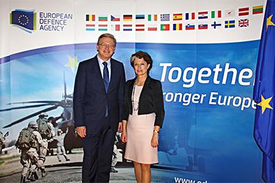 EU Enlargement Commissioner Štefan Füle visits EDA