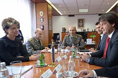 EDA Chief Executive visits Republic of Serbia